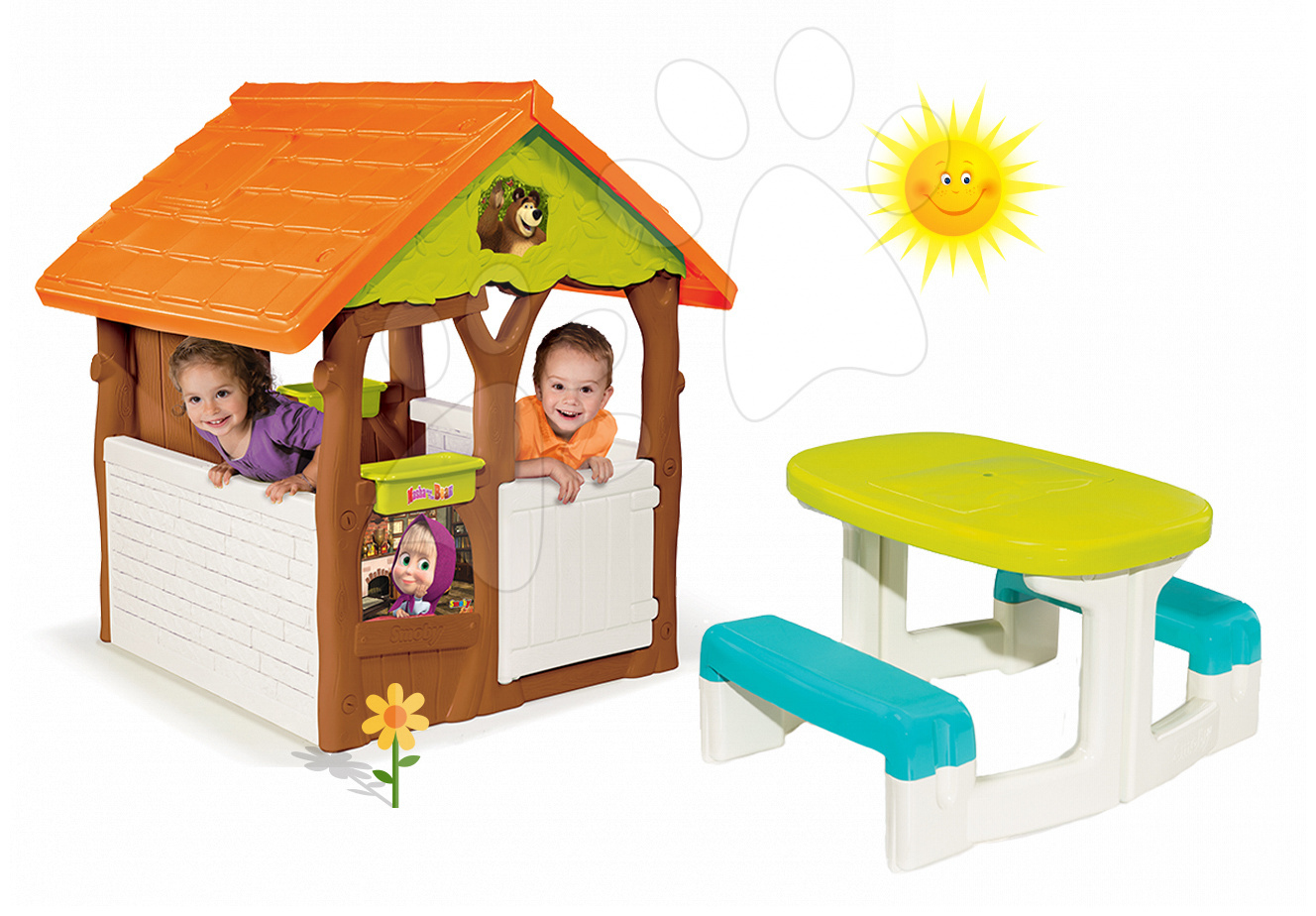 Set domeček Máša a medvěd Smoby s květináčem a stůl Piknik s úložným prostorem od 24 měsíců