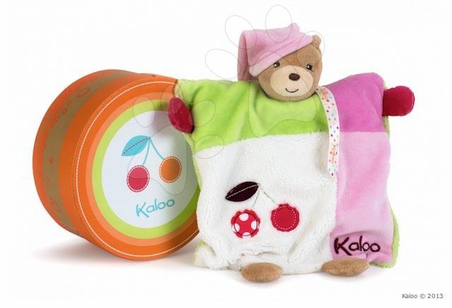 Plyšový medvídek loutkové divadlo Colors-Doudou Puppet Bear Cherry Kaloo 20 cm v dárkovém balení pro nejmenší