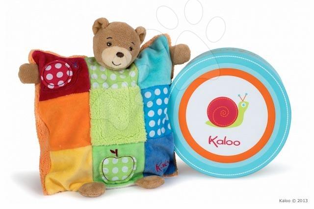Hračky na maznanie a usínanie - Plyšový medvedík bábkové divadlo Colors-Doudou Puppet Bear Patchwork Kaloo 20 cm v darčekovom balení pre najmenších