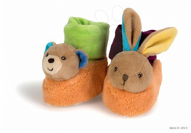 Dojčenské súpravy - Plyšové papučky Colors-Bear Rabbit Booties Kaloo s hrkálkou 10 cm v darčekovom balení pre najmenších