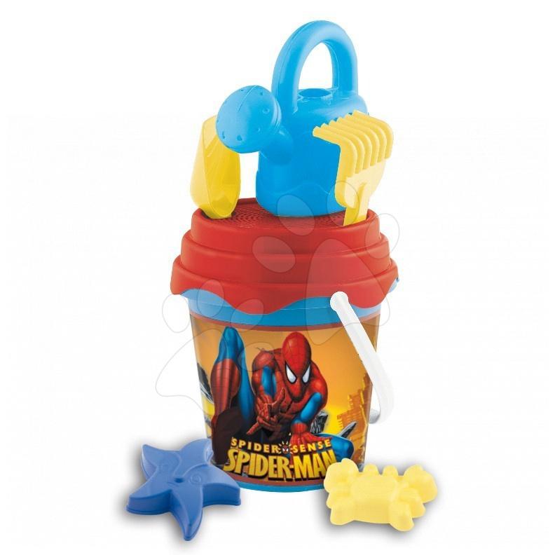 Set găleată cu stropitoare Spiderman Mondo cu 7 accesorii (17 cm înalt) de la 18 luni