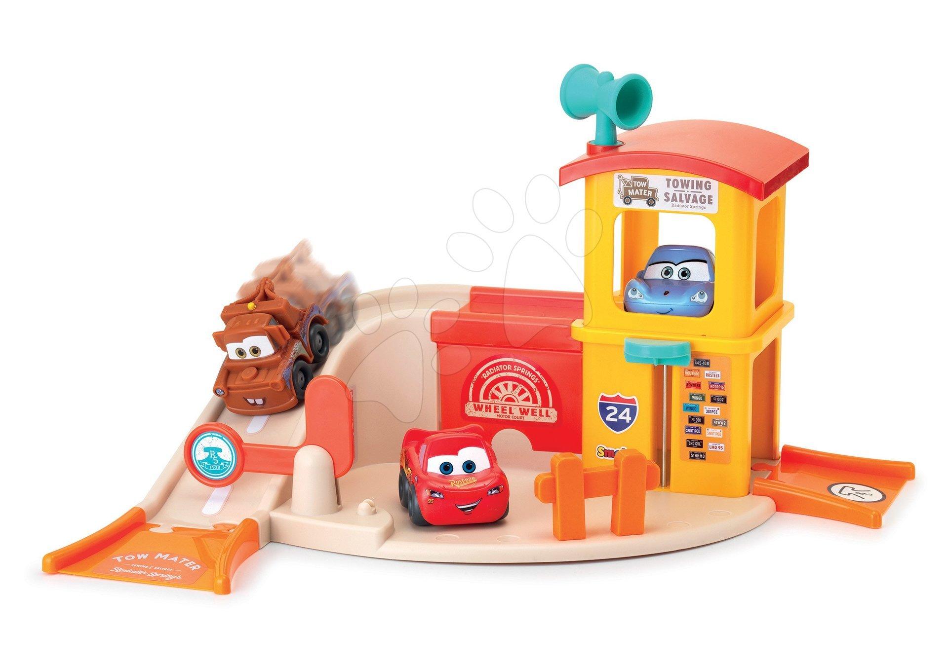 Garaža z dvigalom Vroom Planet Cars 1st Garage Smoby z avtomobilčkom in različnimi funkcijami od 18 mes
