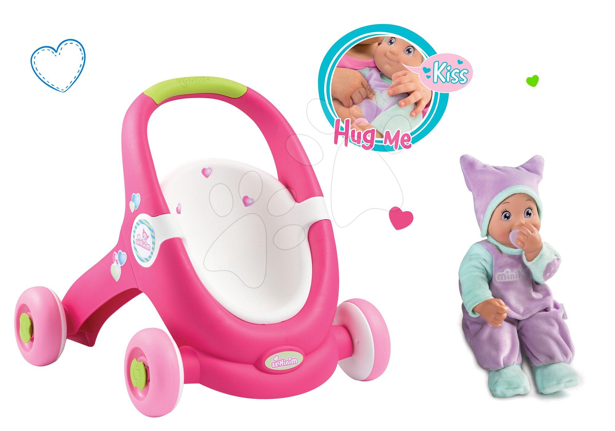 Set cărucior pentru păpuşă şi premergător 2in1 MiniKiss Smoby şi păpuşă cu sunet MiniKiss cu căciulă