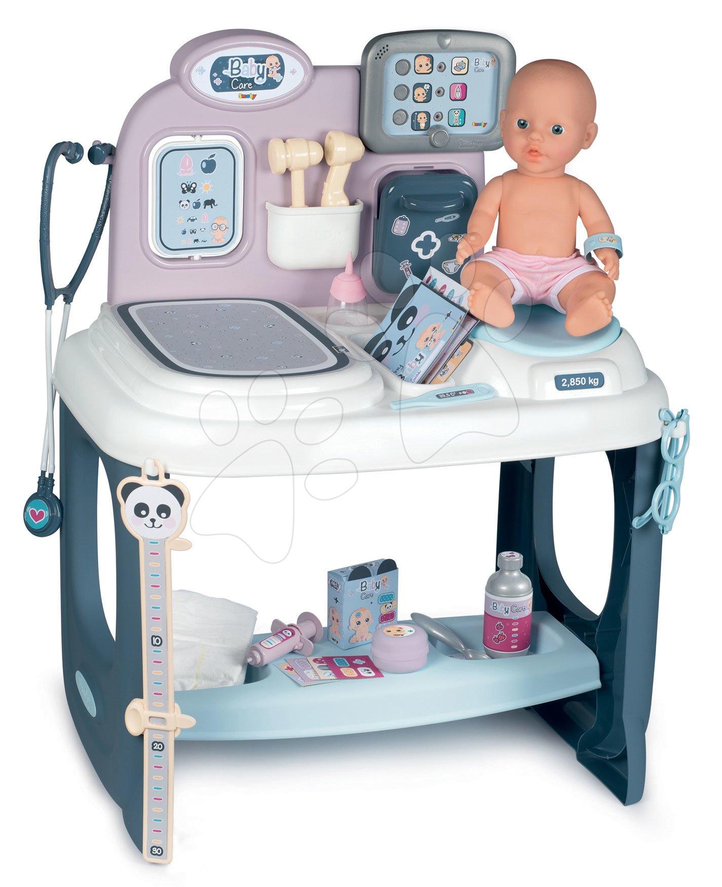 Cărucioare medicale pentru copii - Masă medicală Baby Care Center Smoby electronică cu sunete, lumini și păpușă cu 28 accesorii de la 3 ani