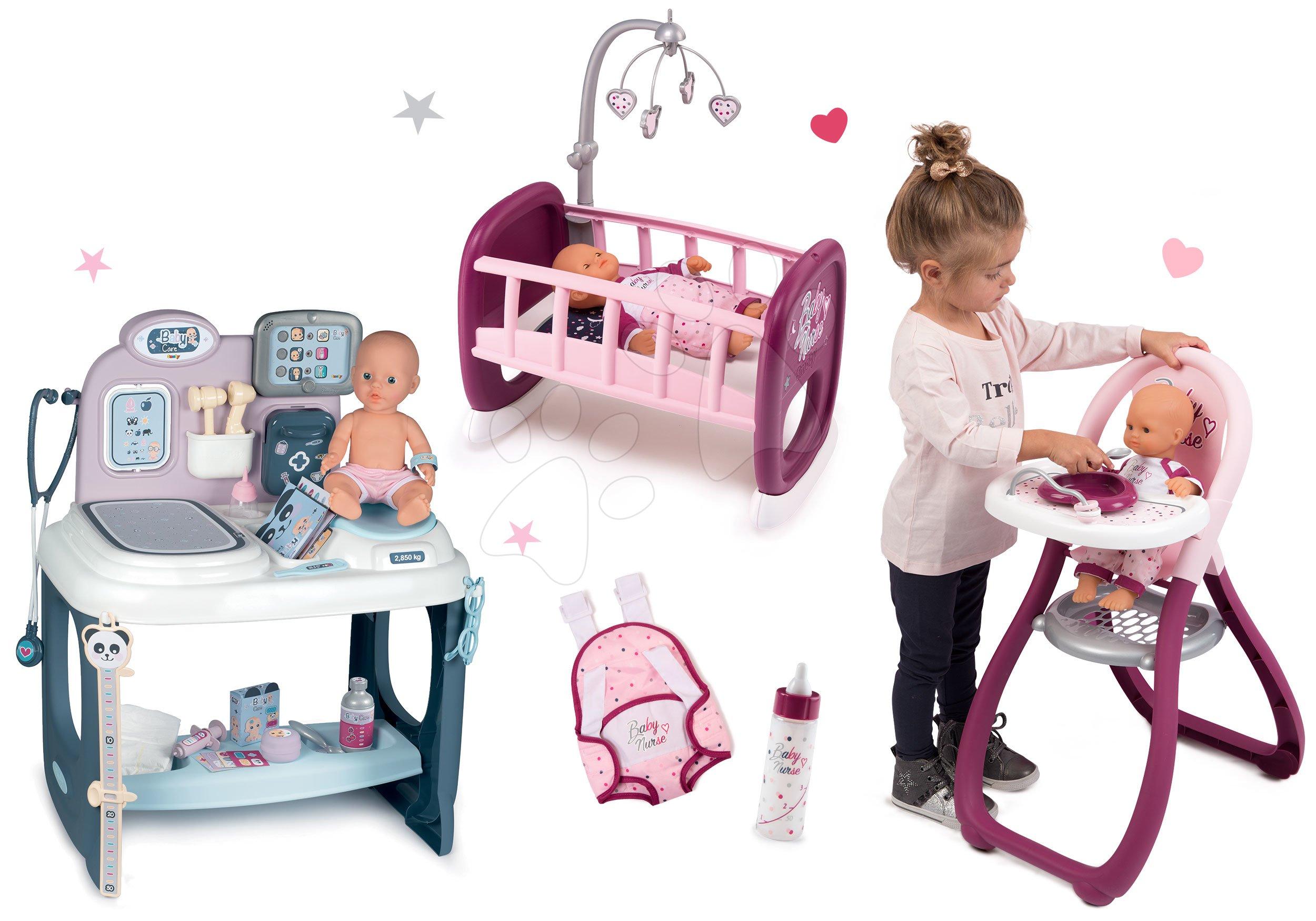 Set zdravotnícky pult pre lekára Baby Care Center Smoby s jedálenskou stoličkou a postieľka s klokankou a fľaškou