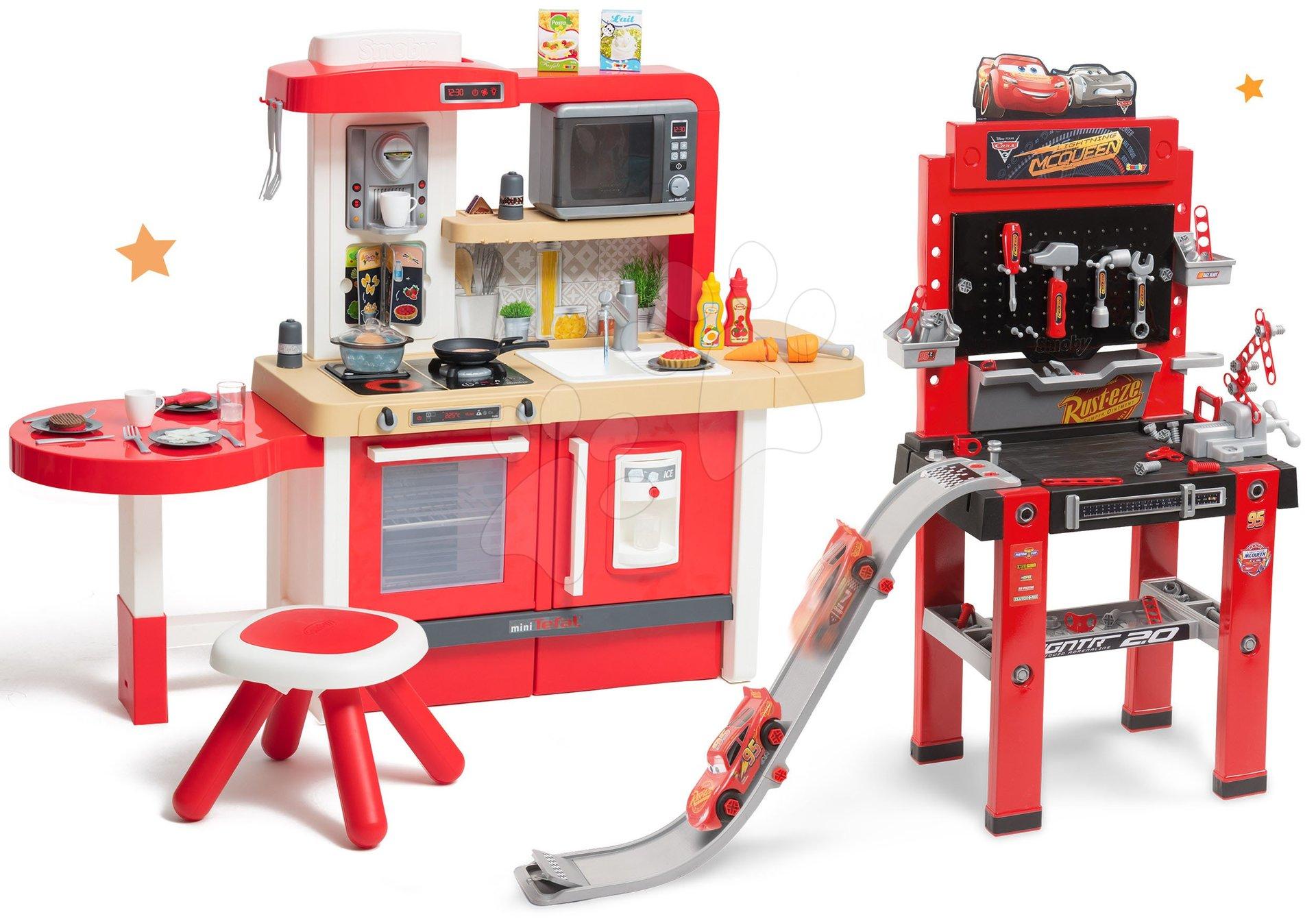 Set kuchynka rastúca s tečúcou vodou a mikrovlnkou Tefal Evolutive Smoby a pracovná dielňa Autá 3 so skákajúcou rampou a skákacím autíčkom
