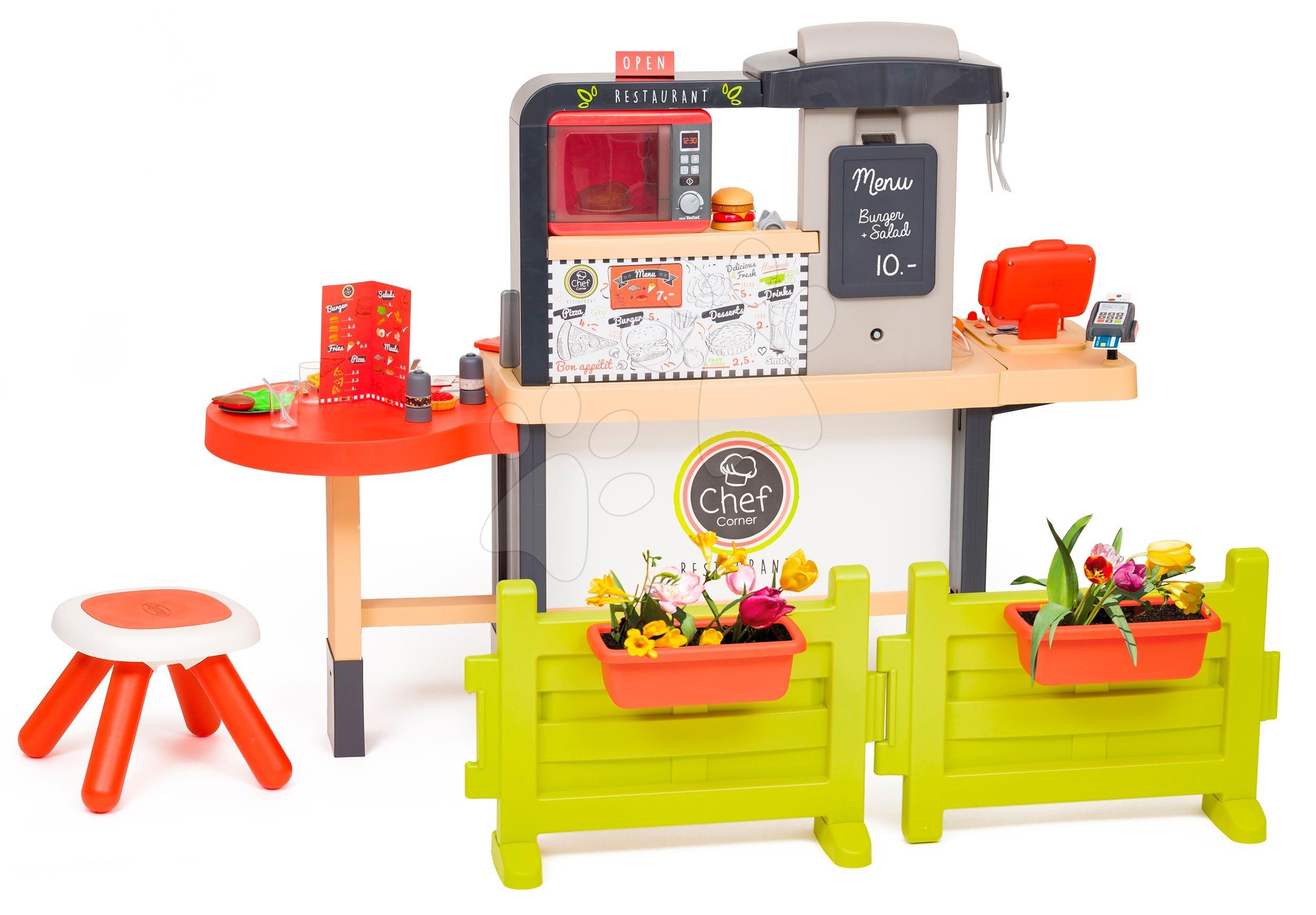 Reštaurácia s elektronickou kuchynkou Chef Corner Restaurant Smoby s plotom a mikrovlnkou