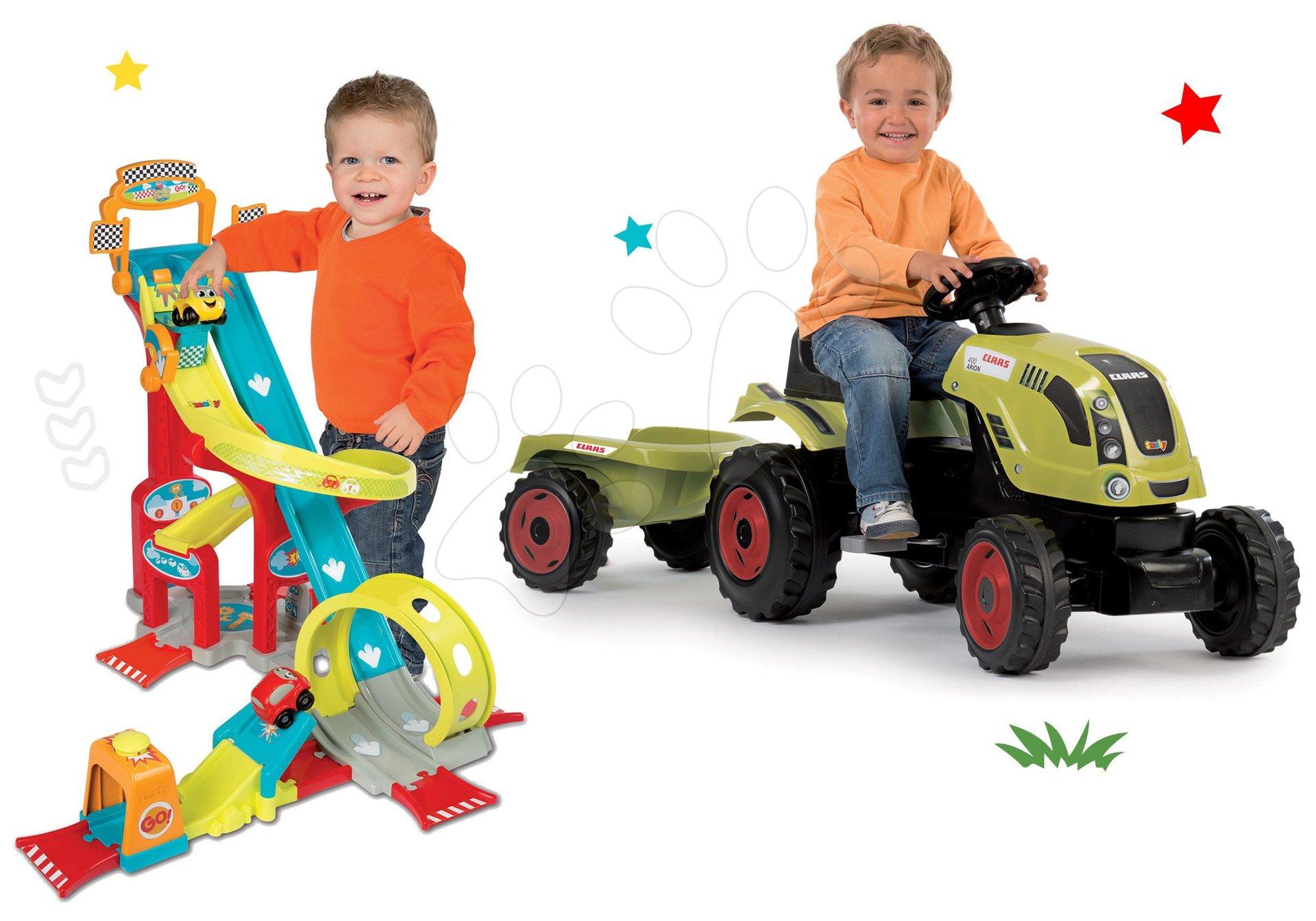 Set traktor na šlapání Claas Farmer XL s přívěsem Smoby a autodráha Vroom Planet Mega Jump