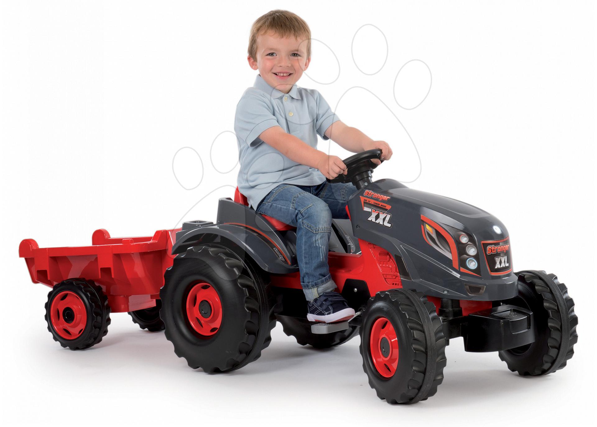 Dětský traktor Stronger XXL Smoby