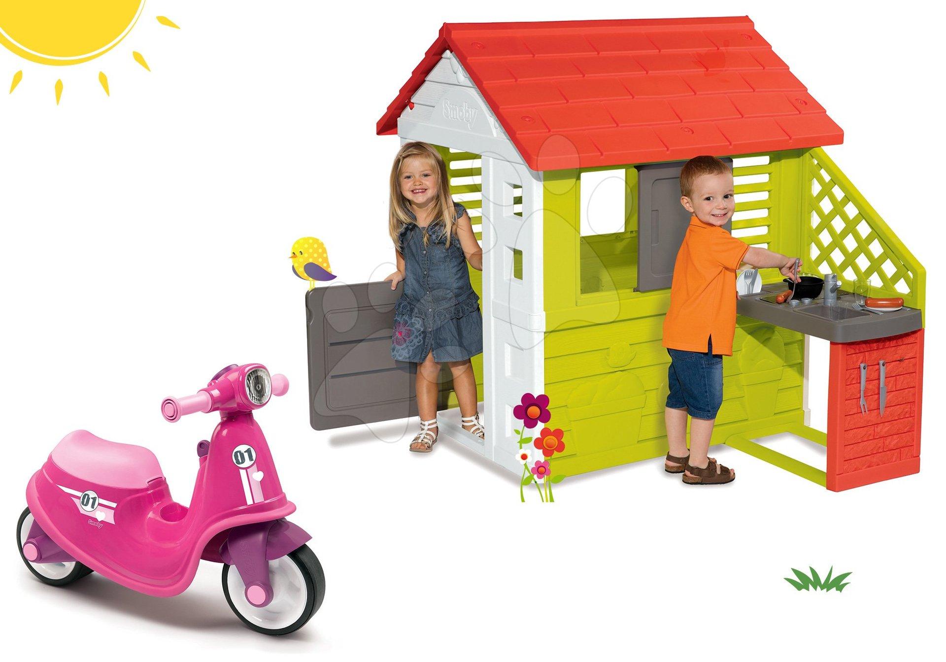 Smoby set odrážadlo Scooter Pink s gumenými kolesami a domček Pretty Nature s letnou kuchynkou a okenicou 721002-12