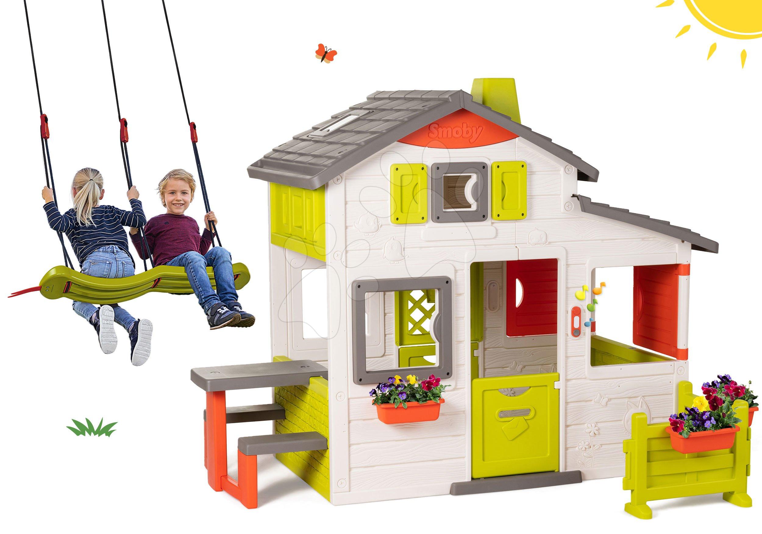 Set domček Priateľov Smoby s predzáhradkou a závesná hojdačka pre dve deti výškovo nastaviteľná