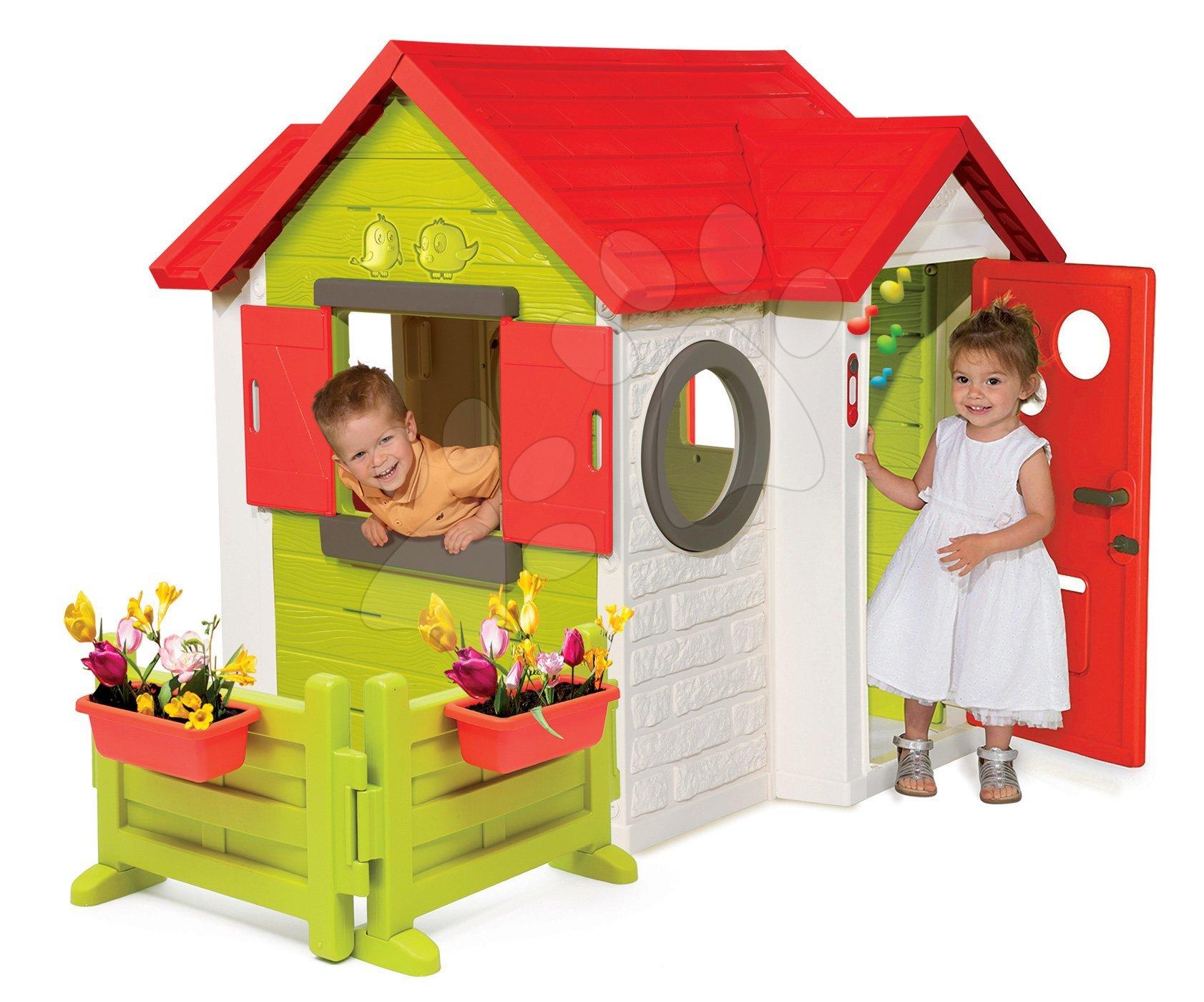 Domeček My House Smoby se zahrádkou a plnými dveřmi a zvonkem od 24 měsíců
