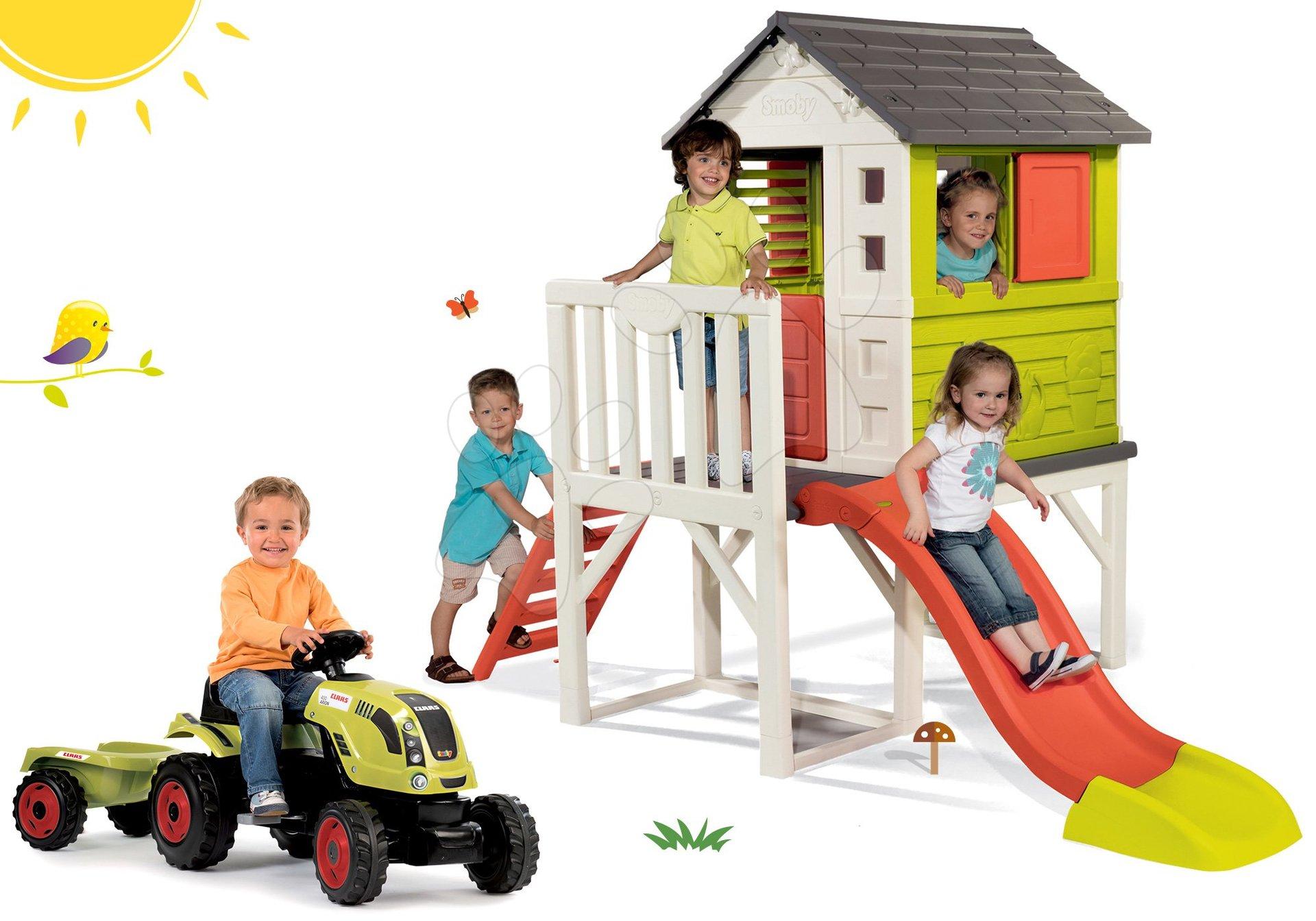 Set domček na pilieroch Pilings House Smoby s 150 cm šmýkľavkou a traktor na šliapanie Claas Farmer XL s prívesom od 24 mes