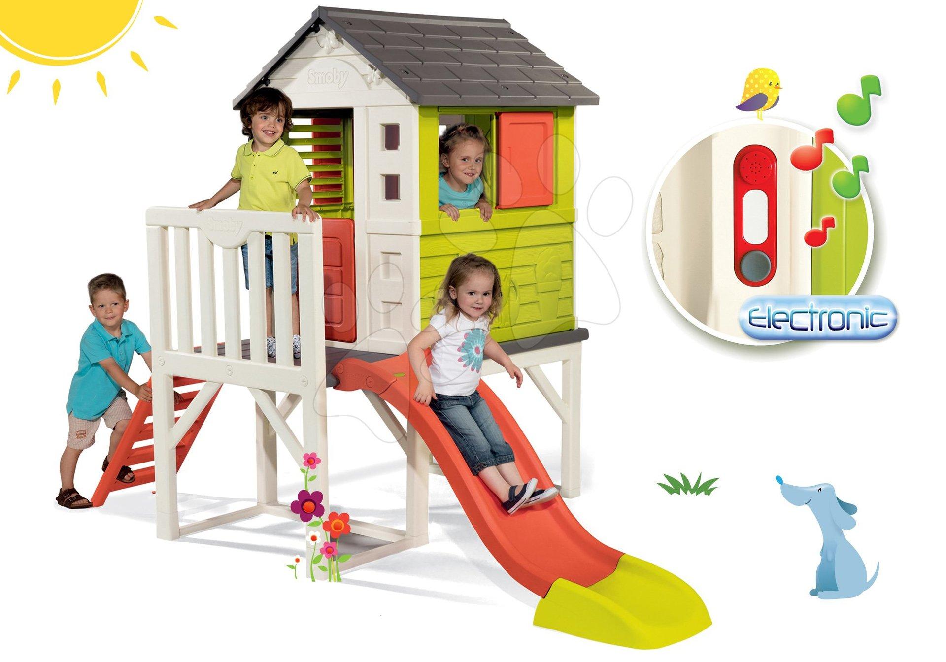 Set căsuţă pe piloni Pilings House Smoby cu tobogan de 1,5 m și sonerie electronică cadou de la 24 luni