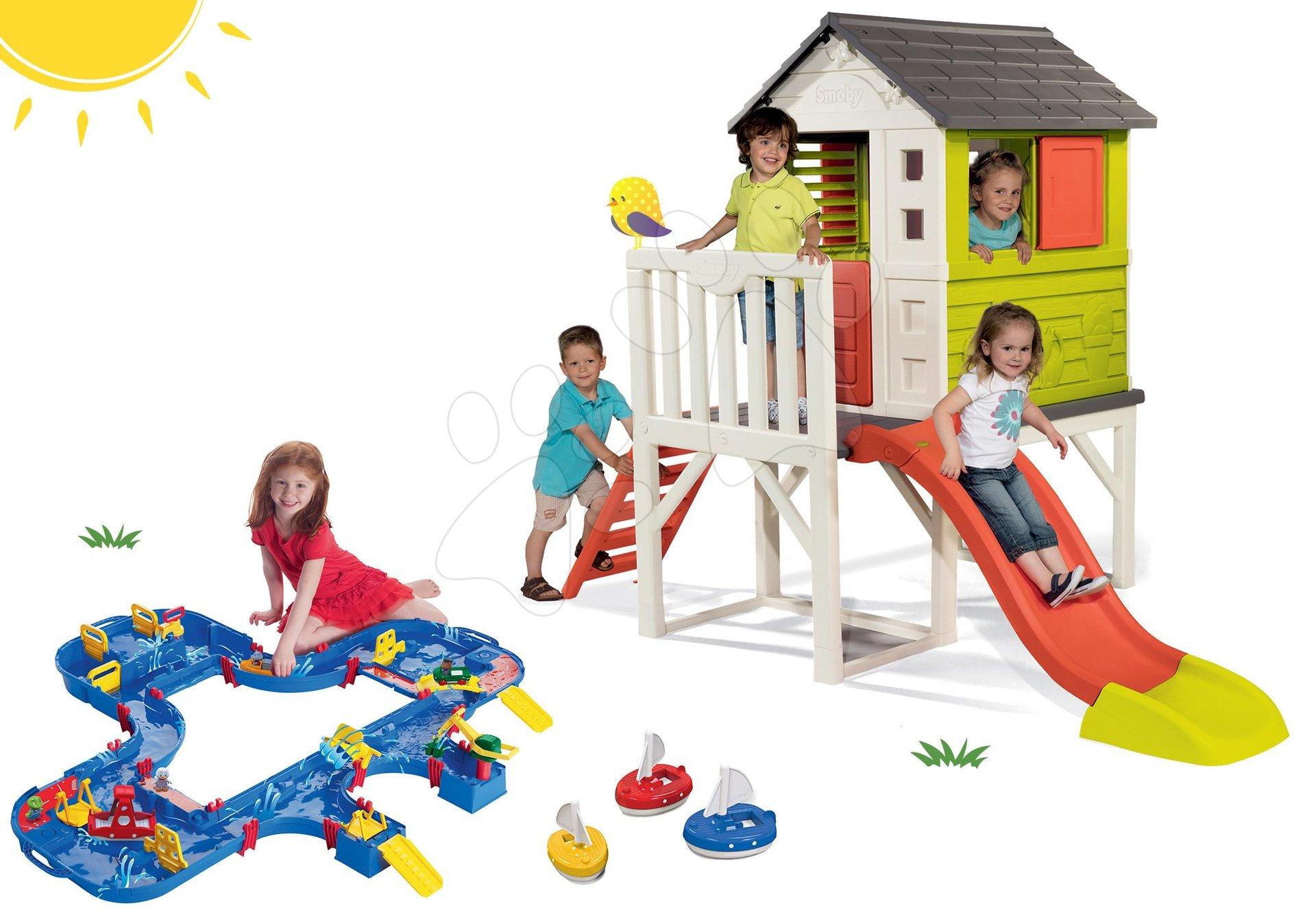 Smoby set detský domček na pilieroch Pilings House s 1,5 m šmykľavkou a vodná dráha AquaPlay Mega LockBox v kufríku s 3 loďkami 810800-27