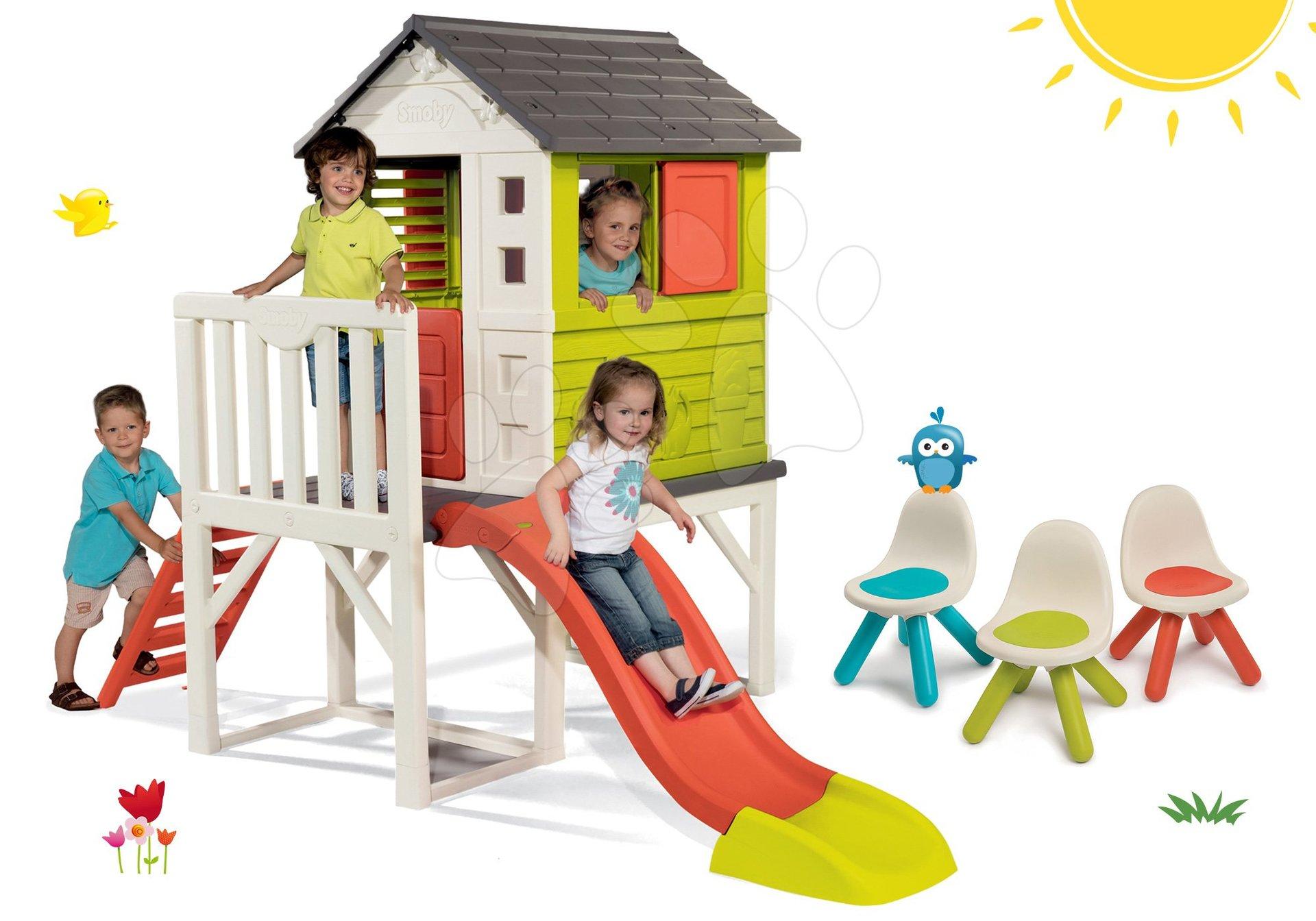 Smoby set detský domček na pilieroch Pilings House s 1,5 m šmykľavkou a 3 stoličky Kid Chair 810800-8
