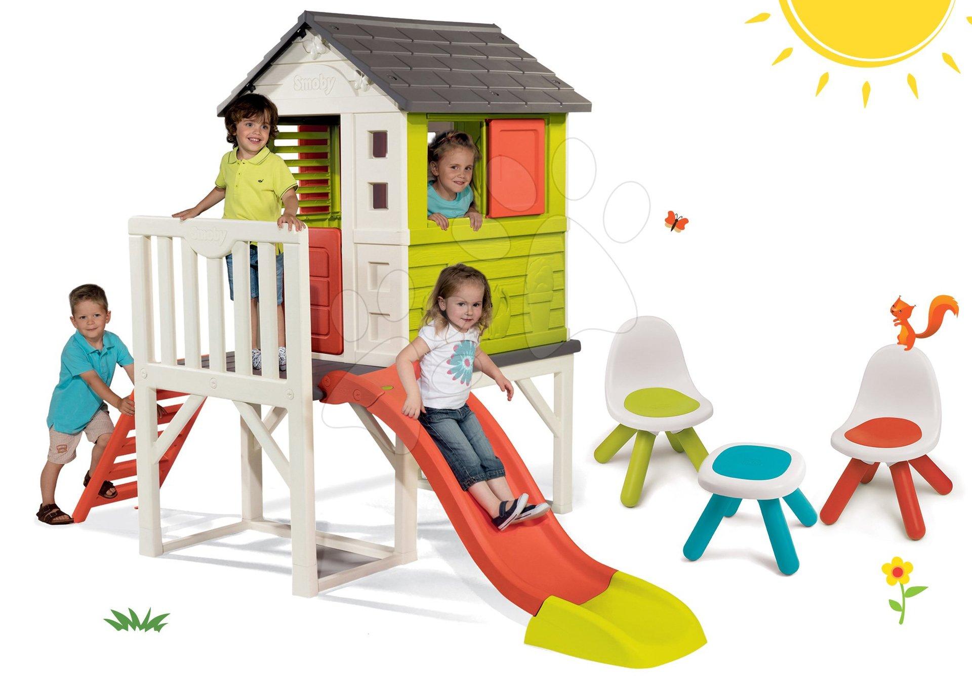 Smoby set detský domček na pilieroch Pilings House s 1,5 m šmykľavkou, 2 ks stoličky Kid Chair a stolík 810800-9