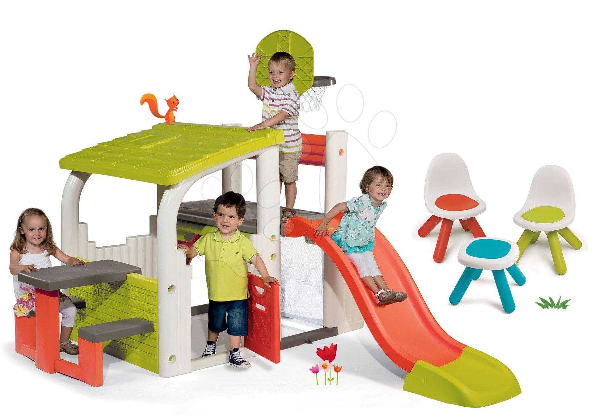 Set hrací centrum Fun Center se skluzavkou Smoby dlouhou 150 cm, Piknik stolek, dvě židle KidChair Red od 24 měsíců