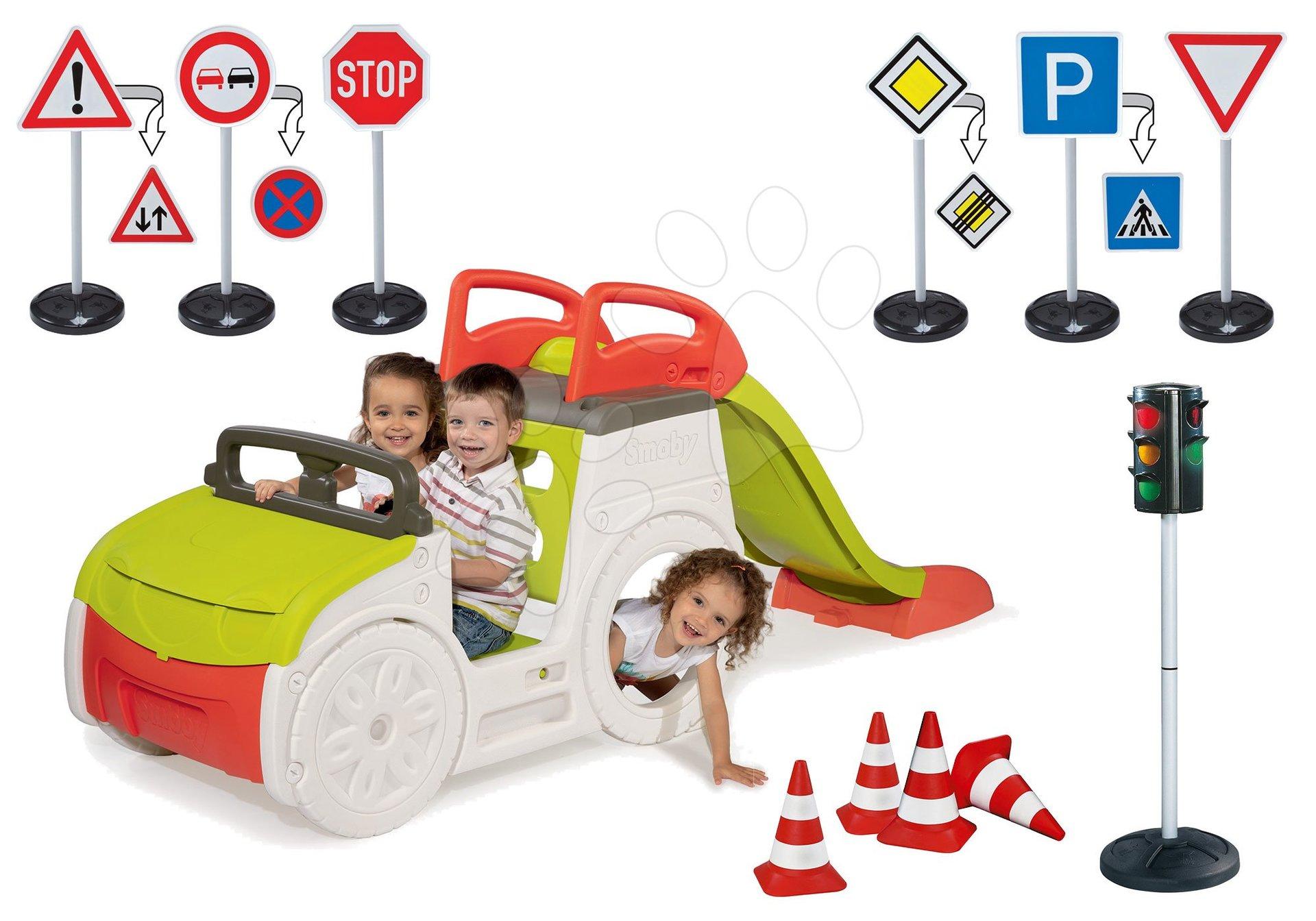 Set preliezačka Adventure Car Smoby so šmykľavkou dlhou 150 cm, semafor, dopravné značky a cestné kužele od 24 mes