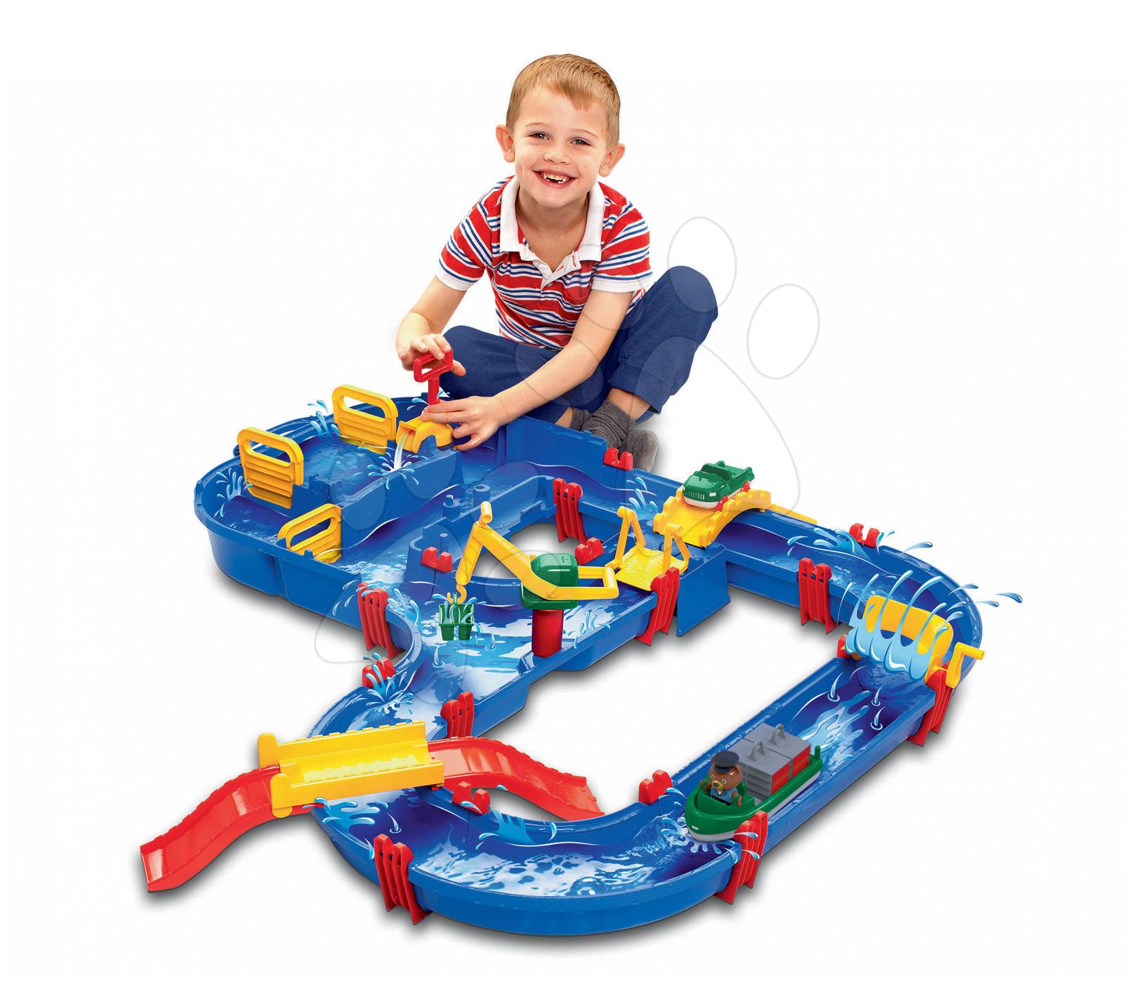 Piste de apă pentru copii - Pistă de apă Megabridge AquaPlay cu căpitanul Bo, cu ecluză, pompă de apă şi un pod mare