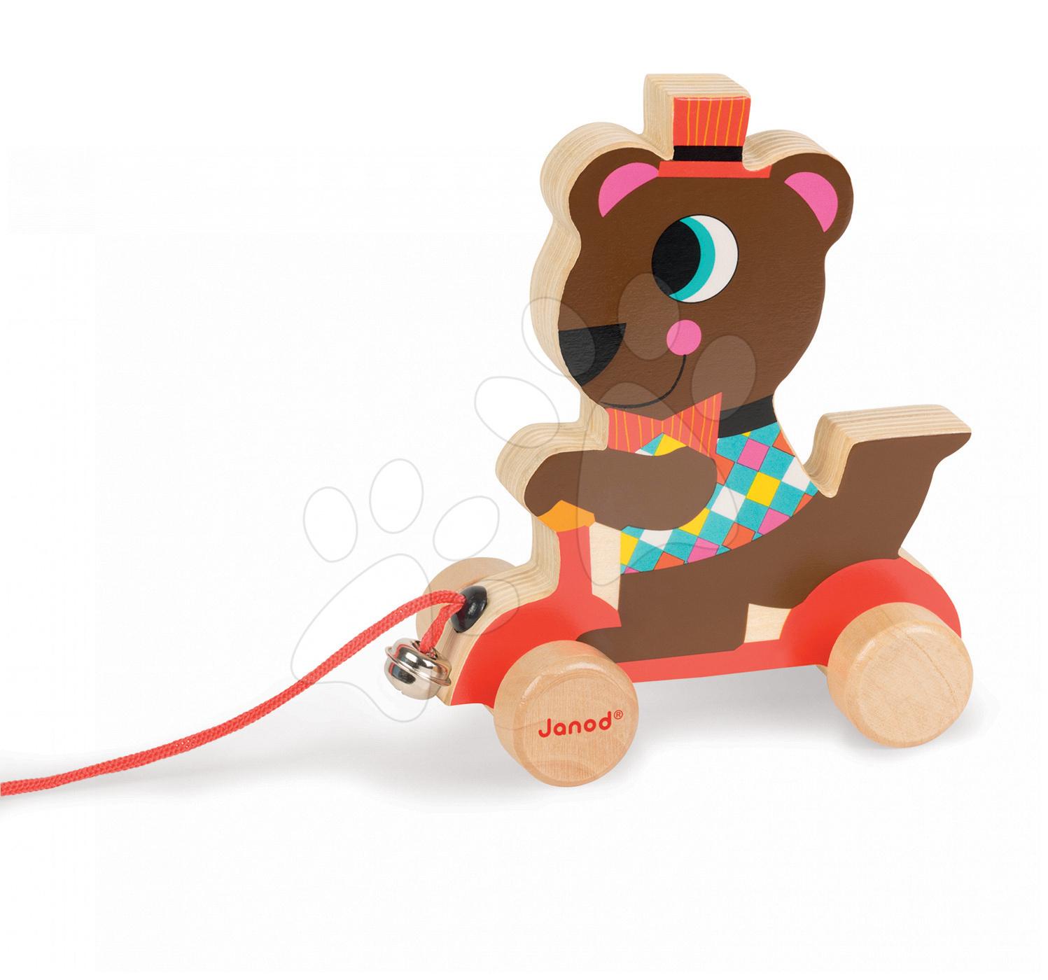 Dřevěný medvěd Janod zvířátko z cirkusu na tahání se zvonkem od 12 měsíců