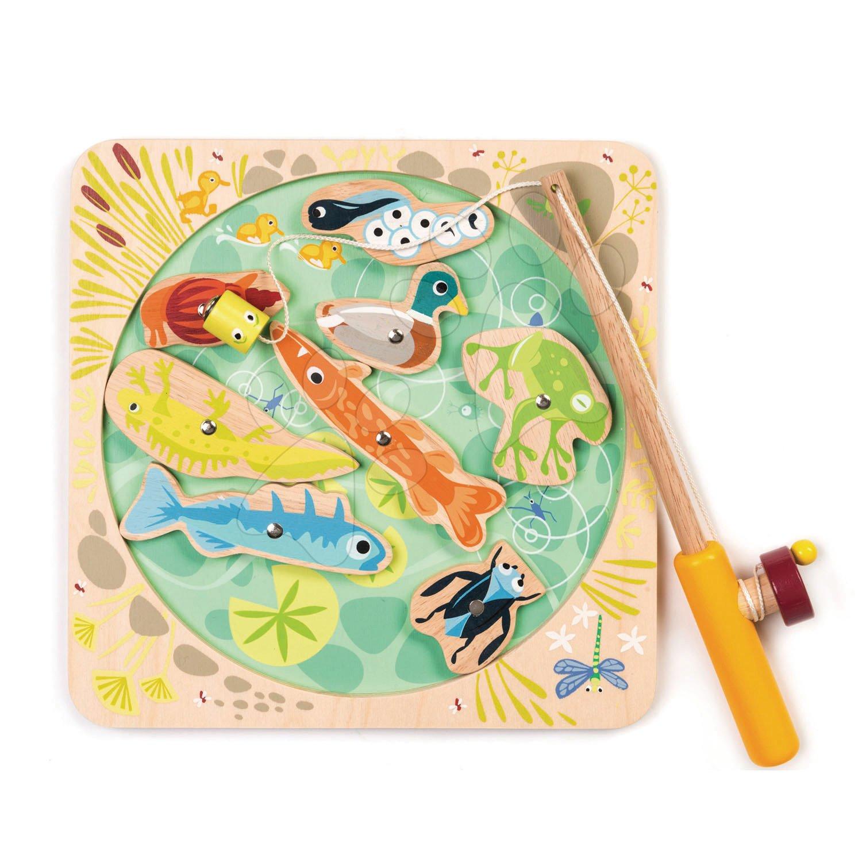 Drevený magnetický rybár Pond Dipping Tender Leaf Toys s udicou a 8 magnetických zvierat pri rybníku