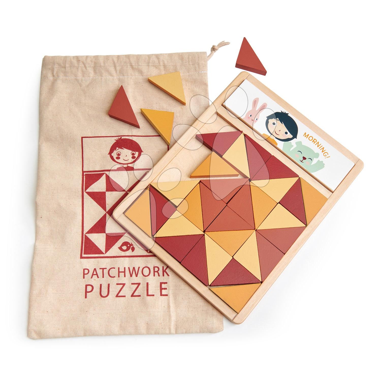 Dřevěná mozaika Patchwork Quilt Puzzle Tender Leaf Toys hnědé trojúhelníky 32 dílů 4 barvy