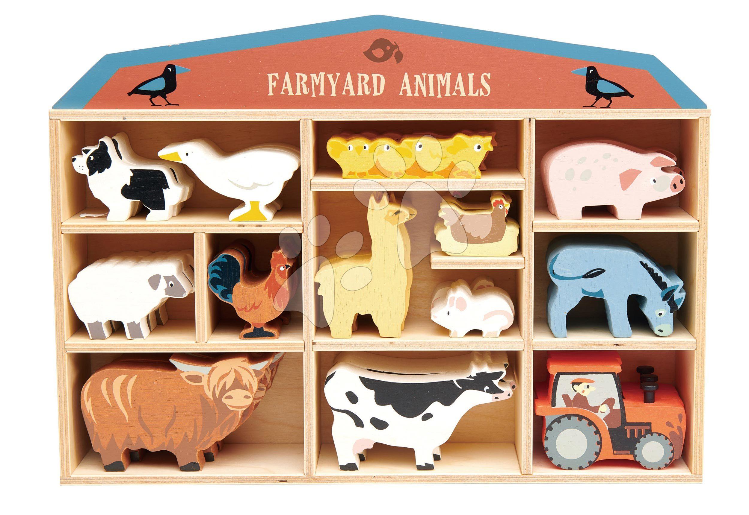 Drevené domáce zvieratká na poličke 39 ks Farmyard set Tender Leaf Toys