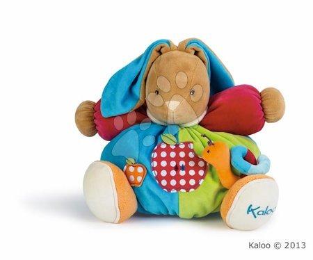 Plišasti zajček Colors-Chubby Rabbit Apple Kaloo z ropotuljico 30 cm v darilni embalaži za najmlajše