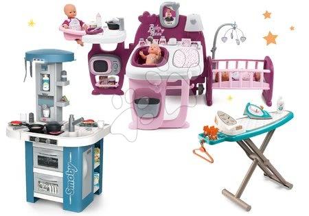 Set domeček pro panenku Violette Baby Nurse Large Doll's Play Center Smoby a kuchyňka Tech Edition elektronická a žehlicí prkno se žehličkou