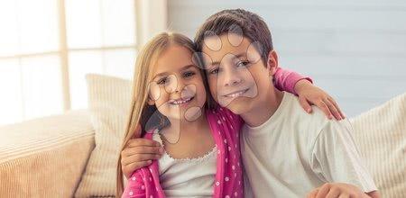 Miért a fiútestvér a legfontosabb ember a lánytestvére életében?