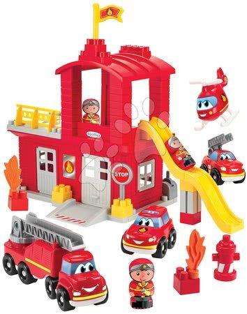 Stavebnice a kocky - Stavebnica požiarnici so šmykľavkou Abrick Écoiffier s poschodovou garážou 3 autá a 3 požiarnici od 18 mes