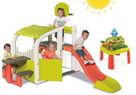 Set hracie centrum Fun Center Smoby so šmykľavkou dlhou 150 cm a stôl Záhradník 2v1 od 2 rokov