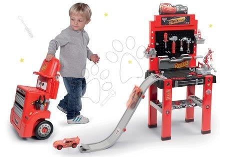Cars - Set pracovní dílna vozík Cars Mack Truck Smoby s přihrádkami a pracovní dílna se skákající rampou