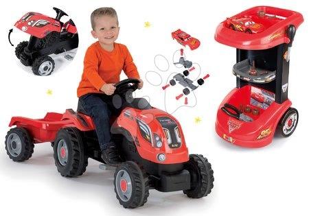 Cars - Set pracovní stůl na kolečkách Cars 3 Smoby a traktor na šlapání s přívěsem