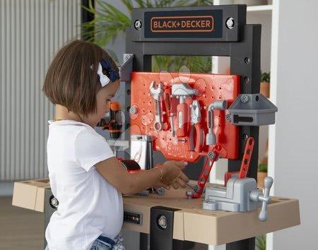 Pracovní dětská dílna - Pracovní dílna Black+Decker Smoby s mechanickou vrtačkou a autíčkem s 92 doplňky_1