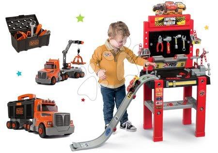Cars - Set pracovní dílna se skákající rampou Cars 3 Smoby a kamion skládací Black&Decker s pracovním kufříkem