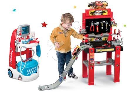 Cars - Set pracovní dílna se skákající rampou Cars 3 Smoby a lékařský vozík s elektronickými funkcemi