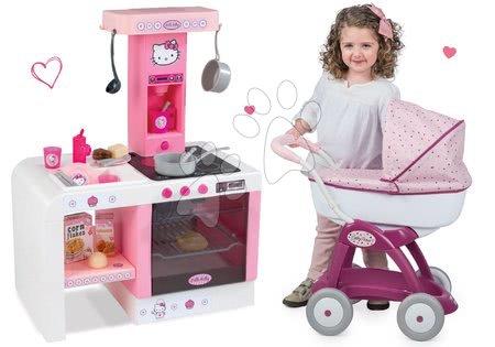 Set cărucior pentru păpuşă Maşa şi ursul Smoby şi bucătărie Hello Kitty Cheftronic cu efecte sonore de la 18 luni