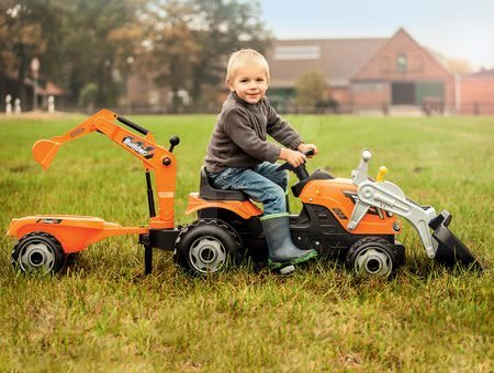 710110 f smoby traktor