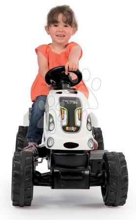 Vehicule cu pedală pentru copii - Tractor cu pedale Fermier XL Văcuţă Smoby cu remorcă alb-negru_1