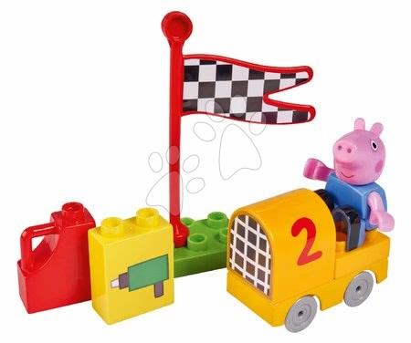 Építőjátékok - Épitőjáték Peppa Pig Starter Sets PlayBIG Bloxx figurával az autóban 18 hó-tól