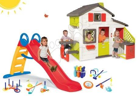 Hračky pre chlapcov - Set domček Priateľov Smoby s kuchynkou a šmykľavka s vodotryskom Funny 2 metrová so športovým setom