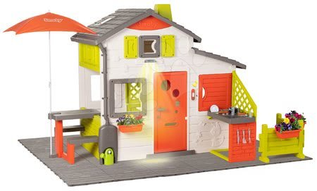 Domček Neo Friends House DeLuxe Smoby s posedením pod slnečníkom na záhrade a kuchynkou SM810211-L