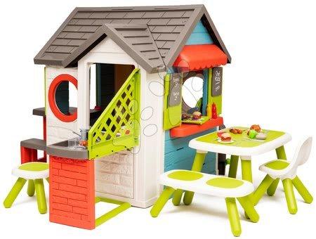 Domček so záhradnou reštauráciou Chef House DeLuxe Smoby a zeleným posedením a plotom