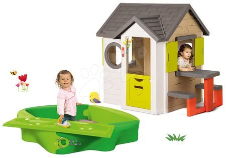 Set căsuţă My Neo House DeLuxe Smoby cu măsuţă de picnic, nisipar Sandy cu capac şi pistă de apă de la 24 luni