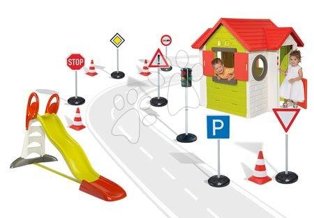 Set domček My House Smoby so zvončekom, šmykľavka Toboggan XL s dĺžkou 2,3 m, semafor, dopravné značky a cestné kužele od 2 rokov