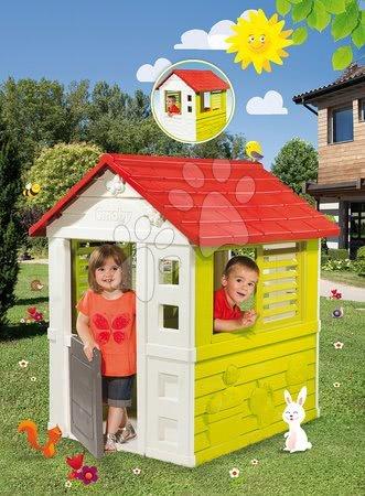 Domček Lovely Smoby červeno-zelený s 3 oknami a 2 žalúziami s UV filtrom od 2 rokov