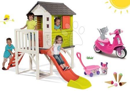 Jucării pentru fetițe - Set căsuţă pe piloni Pilings House Smoby cu tobogan de 1,5 m și babytaxiu cu roți din cauciuc și cărucior mic cu găleată și înghețată de la 24 de luni