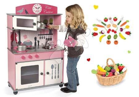 Drevené kuchynky - Set drevená kuchynka Cote Janod ružová na kolieskach a drevené ovocie a zelenina v košíku
